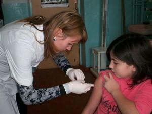 Менее 60 тыс человек осталось привить против гриппа в Амурской области