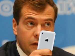Дмитрий Медведев: Отечественных лекарств на фармрынке должно быть больше