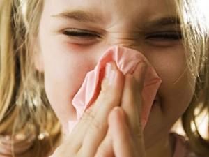 Как лечить детский насморк?