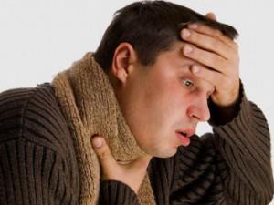 Боли в горле могут быть сигналом о серьезных заболеваниях