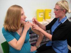 Прививка от гриппа безопасна для беременных
