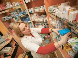 Эпидемия гриппа подняла продажи противопростудных препаратов