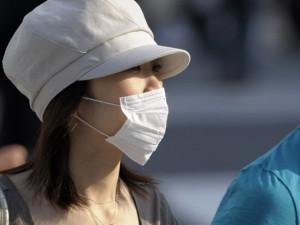 Японские медики будут лечить грипп с помощью пластыря