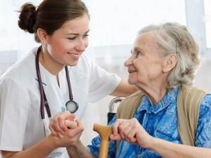 В мире изобрели специальную вакцину против гриппа для пожилых людей