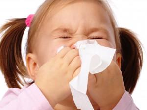 Отит или простуда: как отличить