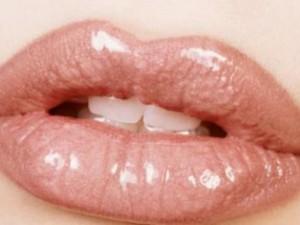 Красивые губы без хирургии. Уход. Гимнастика. Маски