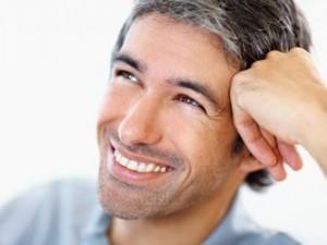 Серебро в волосах: преждевременная седина