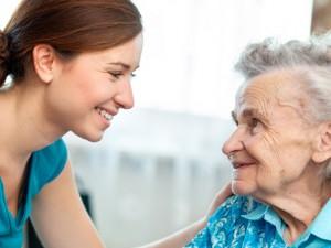 Патронажная служба Юниверсал – сиделки для больных по разумной стоимости