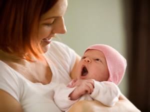 Как следить за здоровьем ребенка с рождения до года?