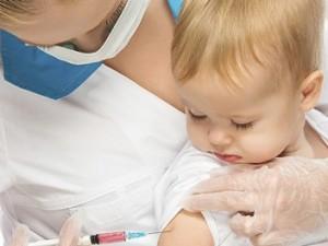 Ученые: прививки против гриппа безопасны для детей с неврологическими заболеваниями