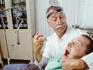 Стоматологов обвинили в заражении ВИЧ