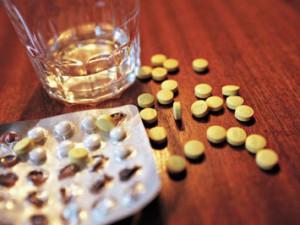 Алкоголь против домашней аптечки