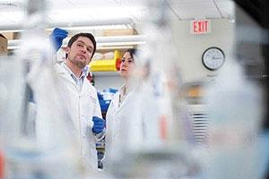 Ученые воскресили древний вирус, способный обмануть иммунитет