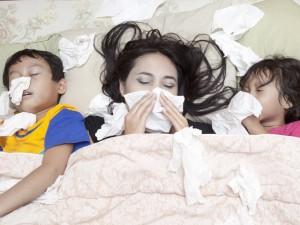 Мама болеет! Как не заразить ребенка, если у вас грипп