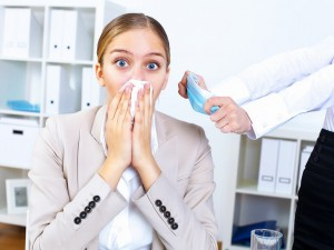 Один человек с ОРВИ способен заразить половину офиса всего за несколько часов