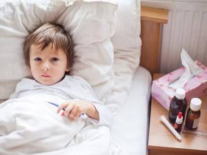 Опять простуда! Как оздоровить часто болеющего ребёнка?