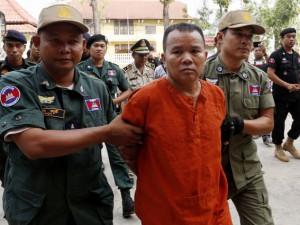 В Камбодже врач заразил ВИЧ более 200 человек и получил 25 лет тюрьмы – СМИ