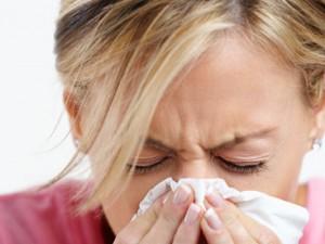 Простуда одолевает женщин в определенные дни месяца