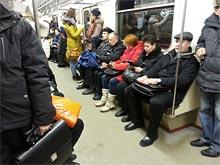 Чтобы остановить грипп, специалисты продезинфицируют московскую подземку