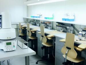Почему стоит выбрать зуботехническую лабораторию «Эксклюзив» в Москве