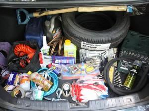 Что должен иметь каждый автомобилист в багажнике собственного автомобиля