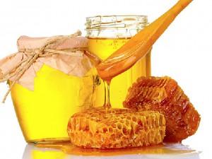 Лучшее лекарство от простуды: ложка меда на ночь
