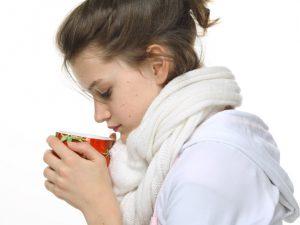 Малиновый чай и клизма с холодной водой от простуды