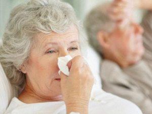 Ученые выяснили, почему пожилые люди умирают от гриппа