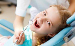 Регулярные походы к стоматологу снижают риск пневмонии