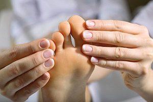 Лечебный массаж при подагре конечностей