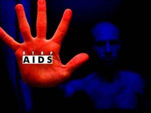 Среди мигрантов становится все больше носителей ВИЧ