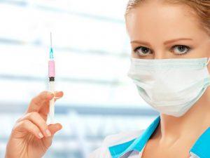 Не всем пожилым людям одинаково полезна прививка от гриппа