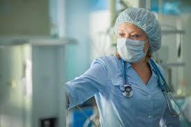 Минздрав намерен премировать врачей, выявивших рак при диспансеризации