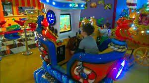 Врачи не рекомендуют отдавать детей в развлекательные комнаты в ТЦ