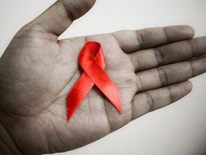 10 мифов, которые распространяют ВИЧ-диссиденты