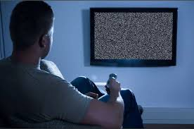 Поздний просмотр телевизора грозит мужчинам бесплодием
