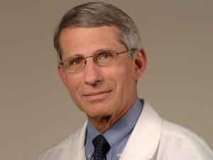 Коронавирус не может просто исчезнуть, считает ведущий инфекционист США