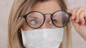 Как носить маску, чтобы не запотевали очки