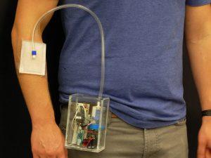 Новый портативный прибор убивает бактерии в ранах при помощи озона
