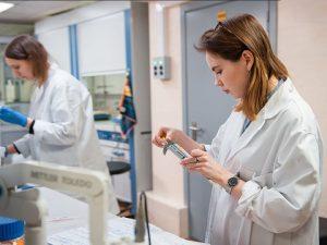 Российские ученые предложили метод подавления вторичного воспаления при COVID-19