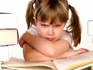 Ребенок не хочет в школу: как быть?