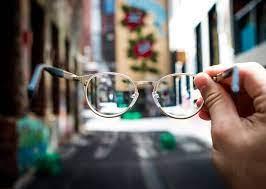 Умные очки остановят близорукость